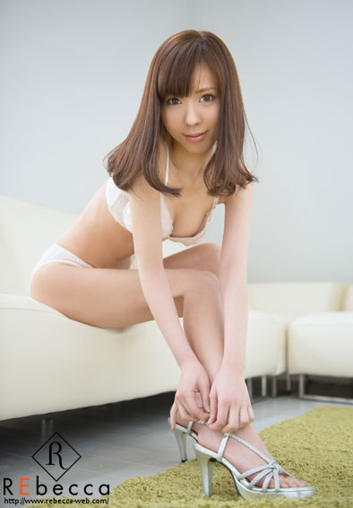花澤アンおっぱい画像2a10