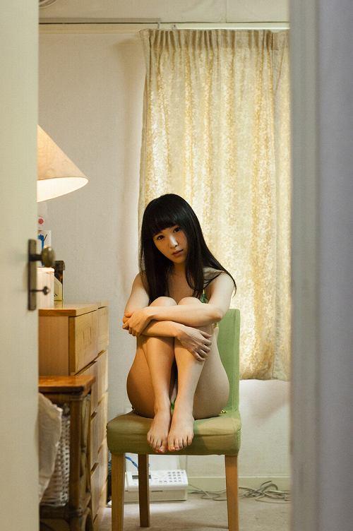 小田桐奈々水着画像b06
