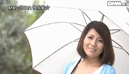 小川桜巨乳おっぱい画像b01