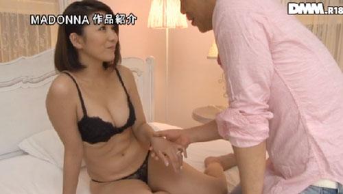 小川桜巨乳おっぱい画像b06