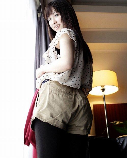 篠田ゆう巨乳輪おっぱい画像3a04