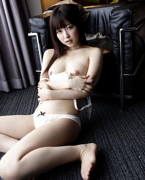 篠田ゆう巨乳輪おっぱい画像3a10