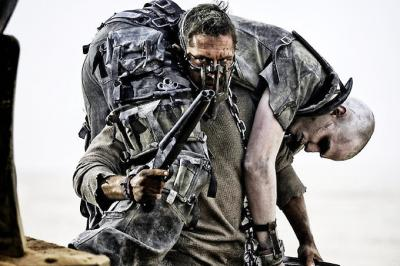 Mad-Max-Fury-Road-Pictures_convert_20151011085319.jpg