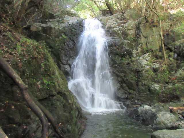 IMG_0182 水量の多い七の滝