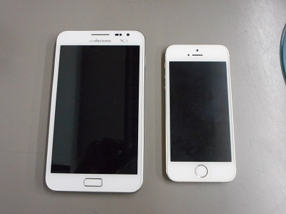 SC-05Dとiphone5S