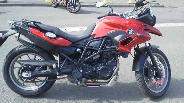 F1001573 (600x338)