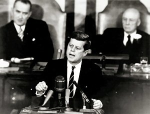 03b 300 John F Kennedy