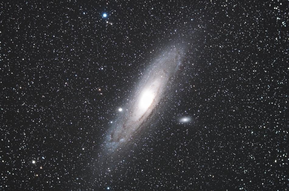 アンドロメダ銀河8枚コンポ