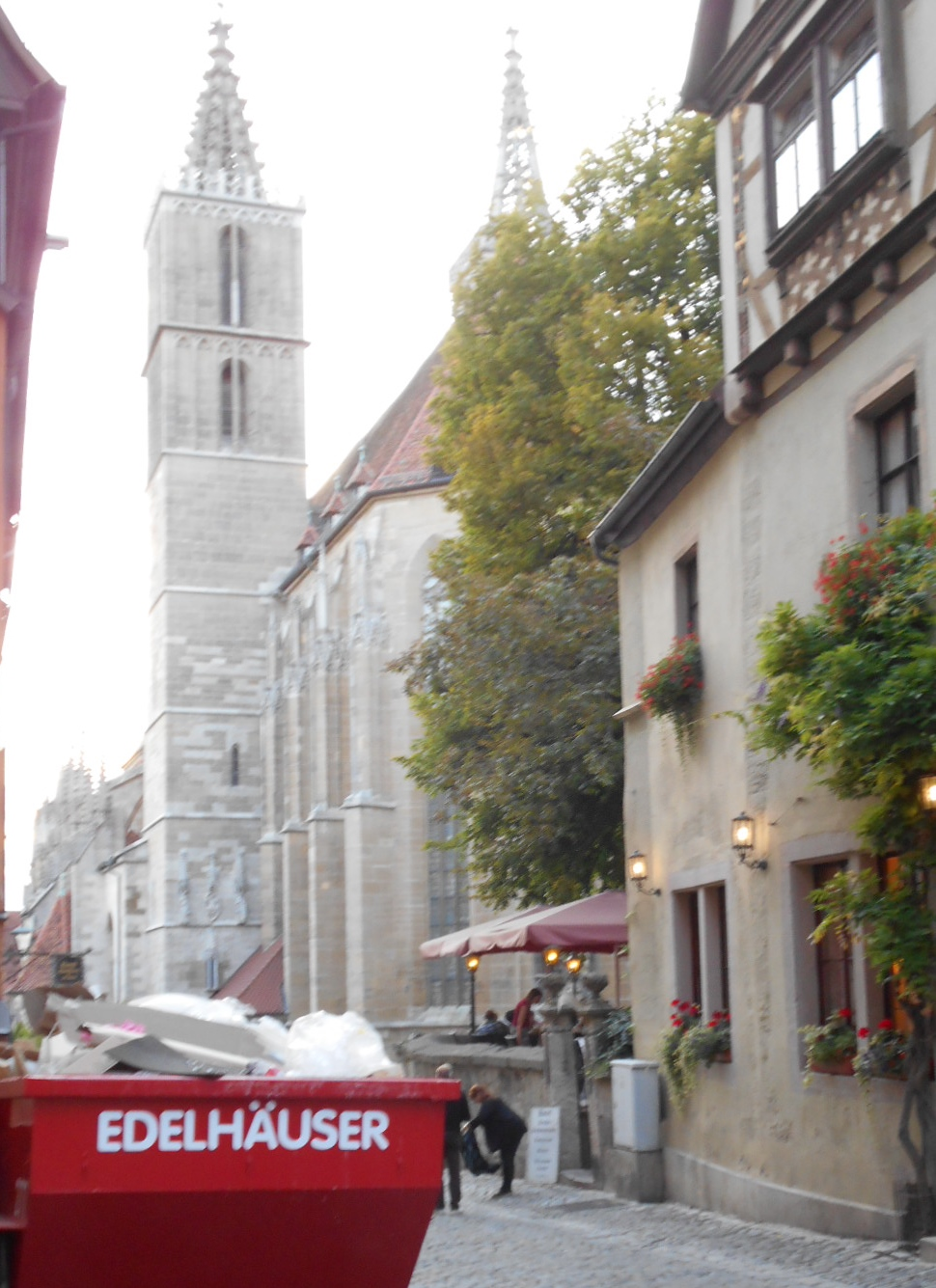 R-テンブルグの教会