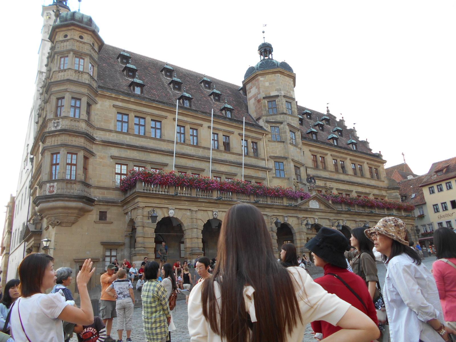 ローテンブルグ「マルクト広場」市庁舎