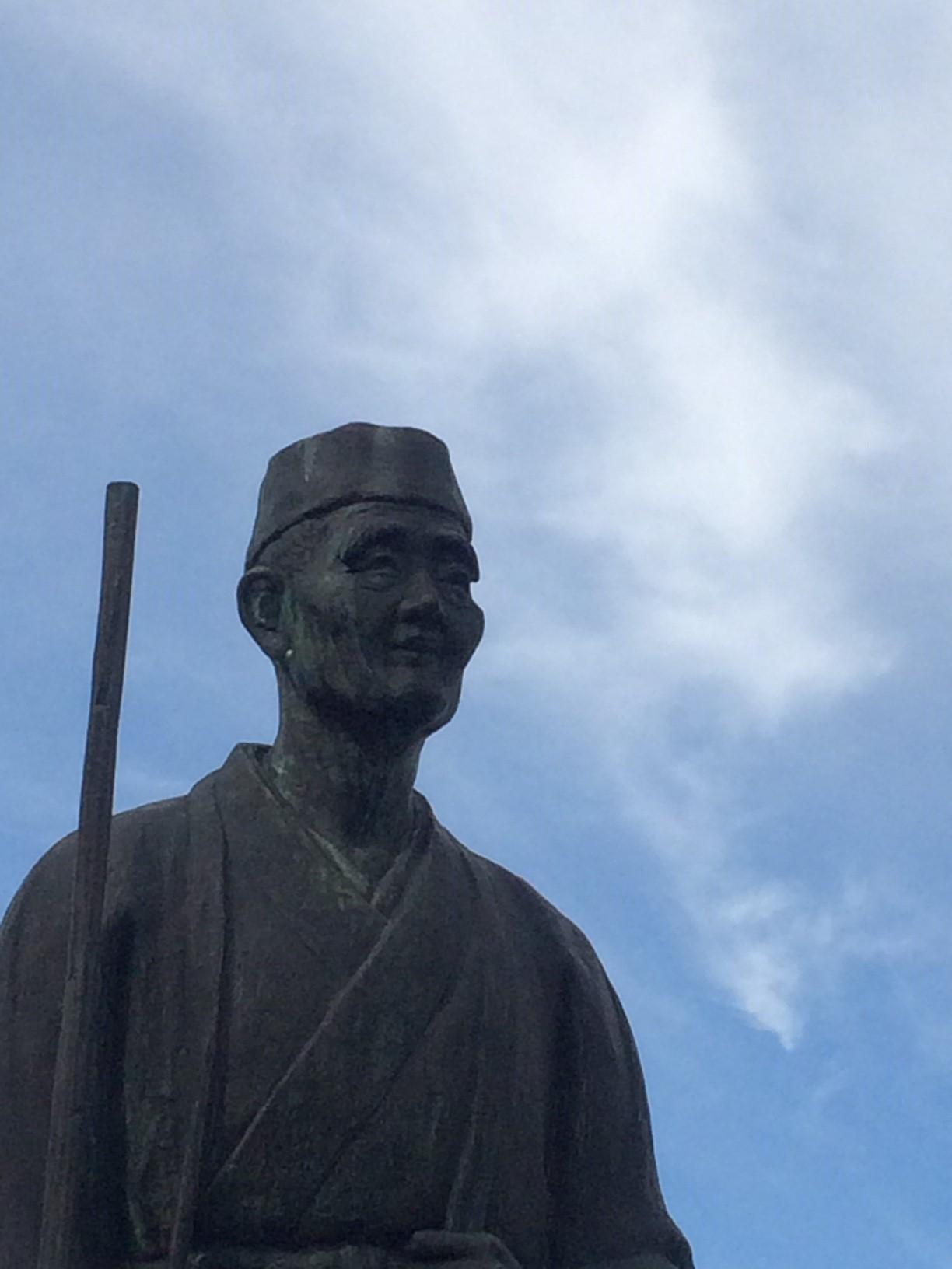3-3 尾花沢の芭蕉像