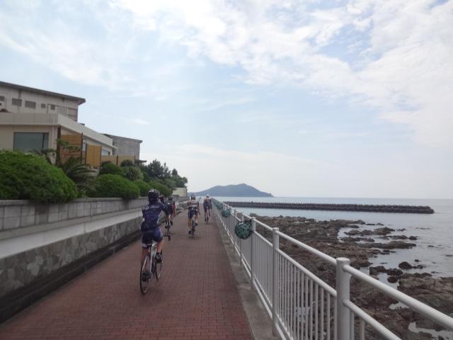海沿い遊歩道