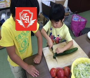 カレー作り サラダ準備 東・汰駕_convert_20150825102141