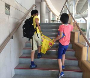 カレー作り 到着・荷物運び 東・坂井_convert_20150825102342