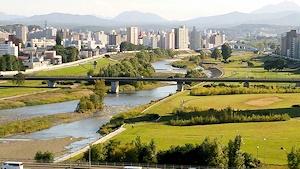 秋の午後の豊平川