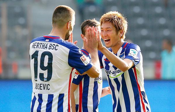 haraguchi genki scored against Stuttgart 2_1