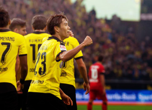 Shinji Kagawa Borussia Dortmund past Bayer Leverkusen