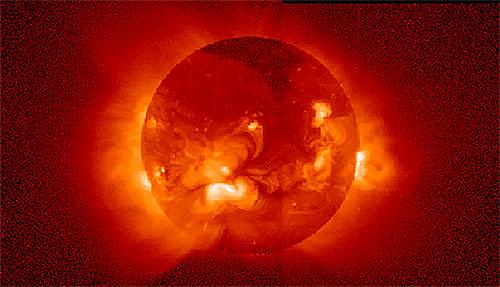 太陽のコロナが太陽表面より熱い証拠を確認