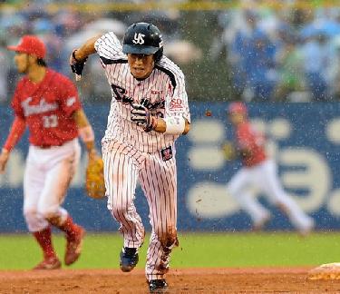 【ヤクルト】山田哲人、30盗塁でトリプルスリー確実に 史上9人目13年ぶり