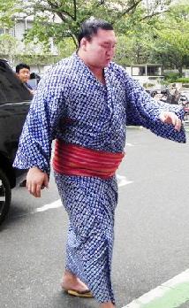 【大相撲】白鵬、10月20日丸亀巡業で復帰へ 左膝回復順調も完全復調まだ