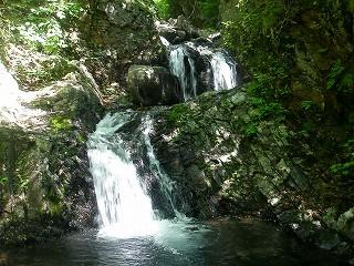 核心部ニ段5㍍滝