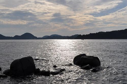 斎灘と三ツ石