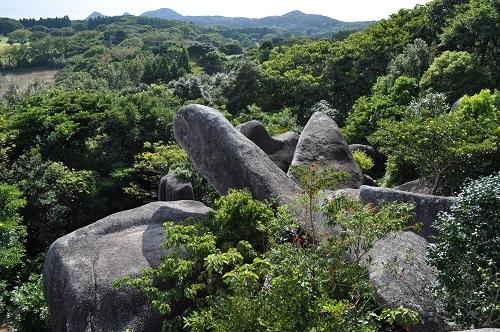 千畳敷岩から亀頭石方向