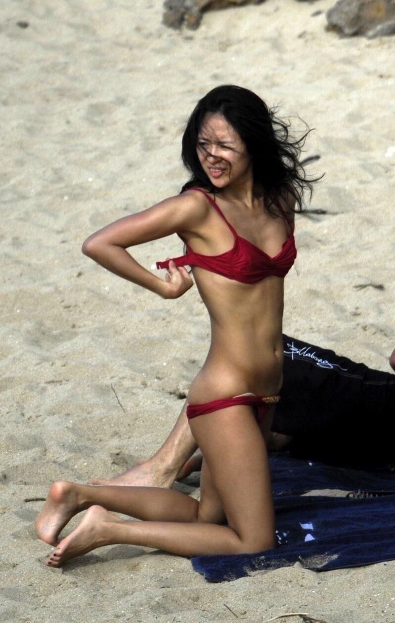 Zhang Ziyi pictured frolicking on beach with billionaire ex-fianc Aviv Zhang ziyi beach pictures