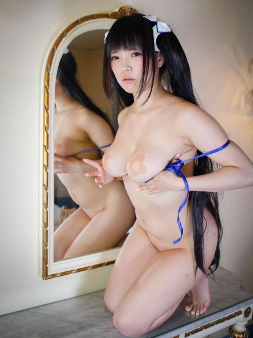 赤根京 ロー協モデルが「ヘスティア」着エロコスプレでGカップヌードを晒す! #エロ画像 35枚