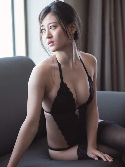 AKB系列最強のエロボディーと評判のNMB上西恵(20)の写真集発売決定!画像×63