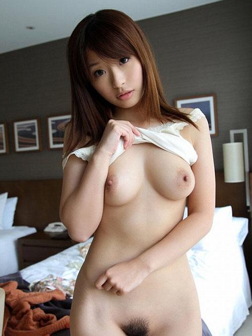 初美沙希 童顔エロカワにFカップ巨乳おっぱいが極エロ!