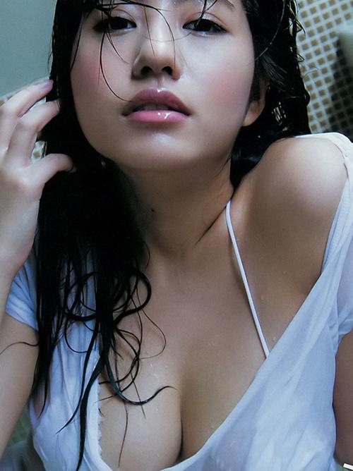 【ヴァネッサ・パン】胸きゅん台湾コスプレイヤーの神おっぱい巨乳チラ見www