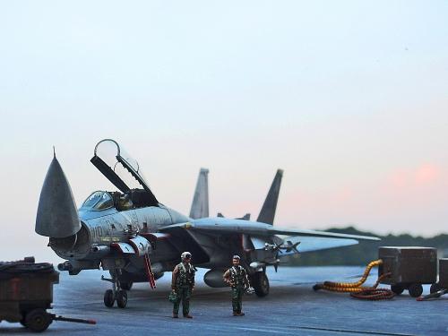 F14D_0011.jpg