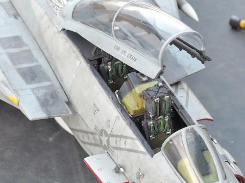 F14D_005.jpg