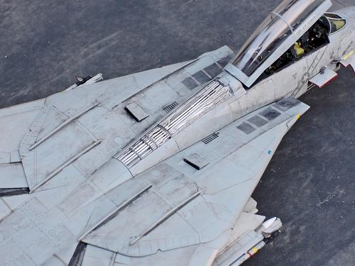 F14D_009.jpg