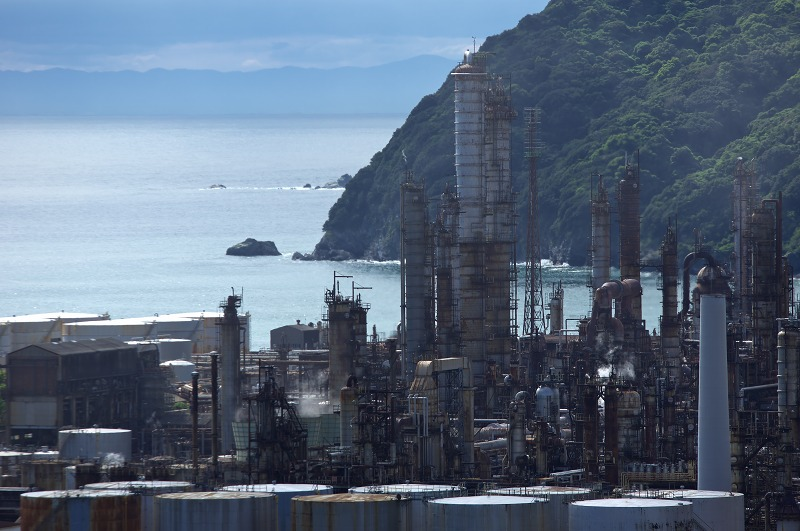 昼間の東燃ゼネラル和歌山工場