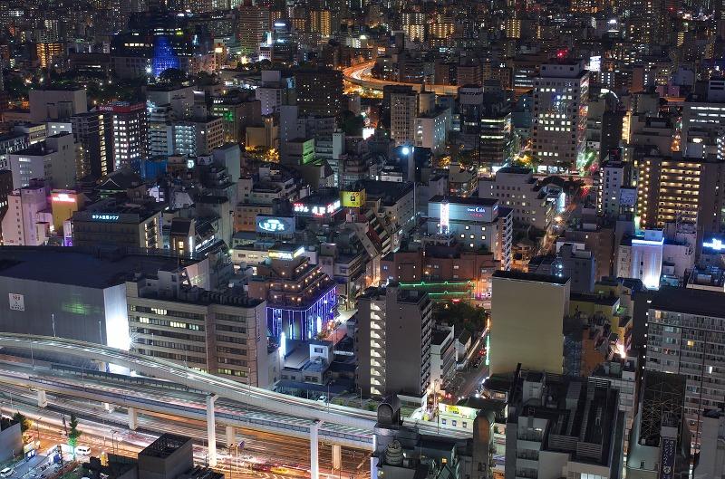 大阪駅前第三ビル展望フロアーからの夜景