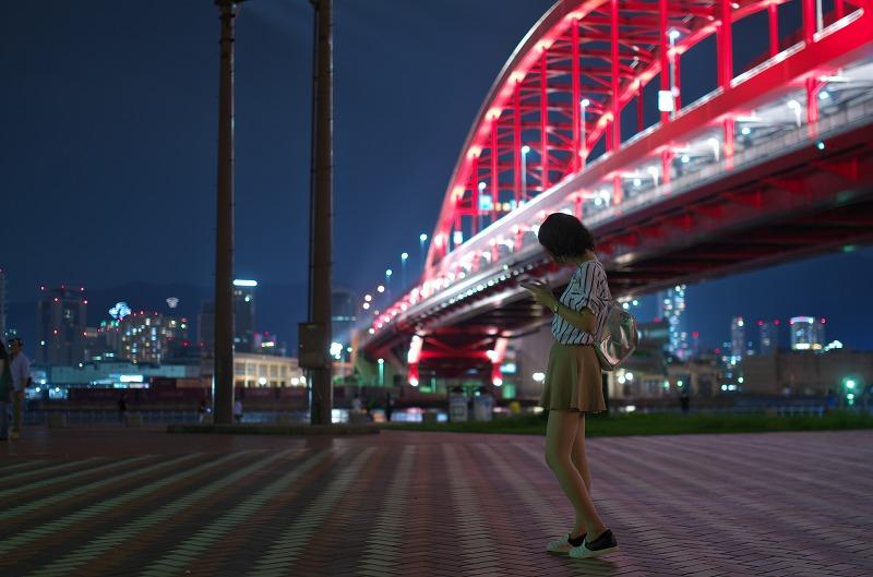 ポートアイランド北公園 夜景 ポートレート 神戸大橋