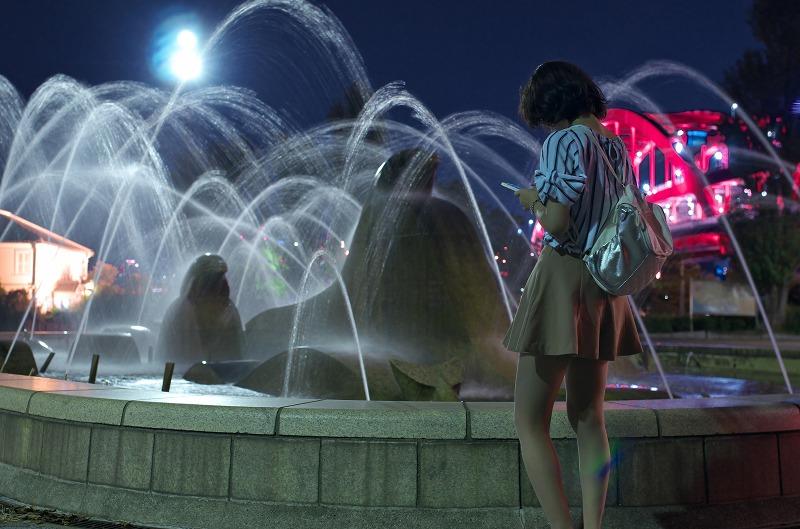 ポートアイランド北公園 噴水 夜景 ポートレート