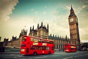 londonperfomer.jpg