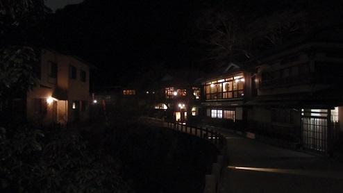 箕面の山道 夜5