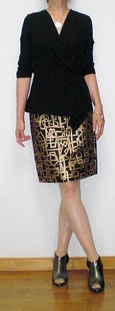 金色スカート