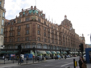 harrodslondon.jpg