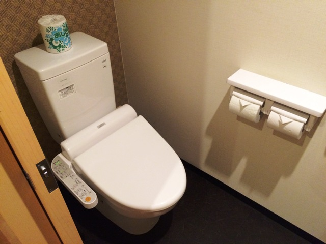 大洗ホテルの部屋のトイレ