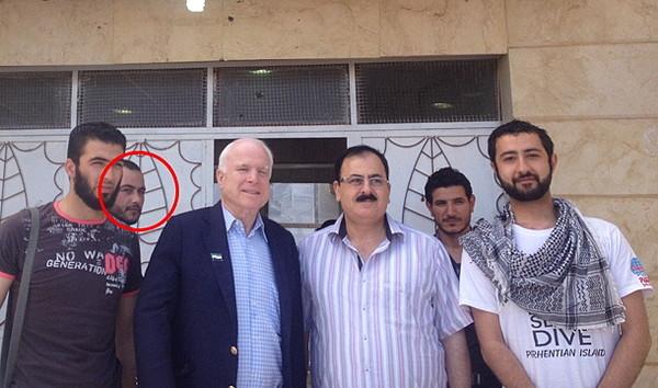 ①プーチンがオバマやマケインらが支援しているシリア反政府軍やIS(イスラム国)を空爆したので激怒!