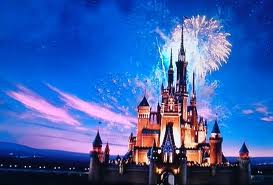 フロリダディズニーワールド、 東京ディズニーランドのシンデレラ城のモデルは、ユッセ城、シャンボール城です。