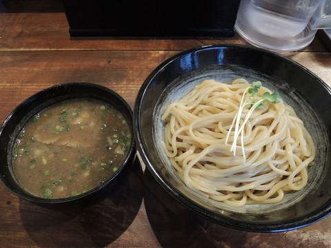 極濃豚骨つけ麺(300g)(850円)+スープ大盛(100円)