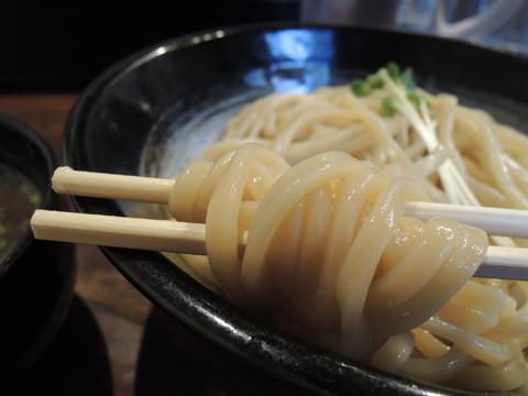極濃豚骨つけ麺(300g)の麺