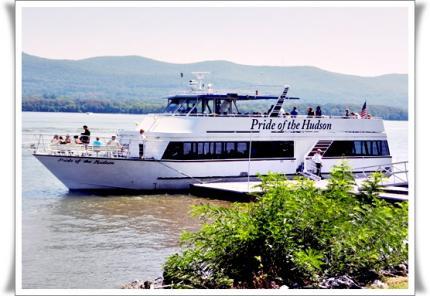ハドソン川クルーズボート
