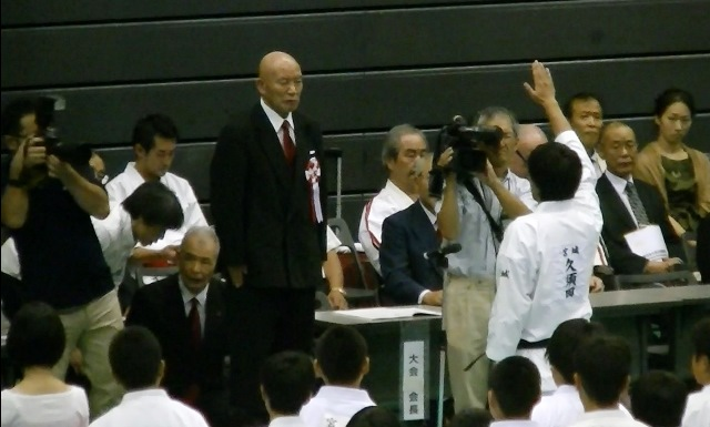 東日本大震災復興祈念全日本防具付空手道選手権大会 選手宣誓